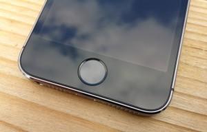 Touch ID van de iPhone 5S slaat tot 50 vingerafdrukken op