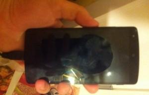 Nieuwe Nexus 5 foto's lekken uit, smartphone duidelijk in beeld