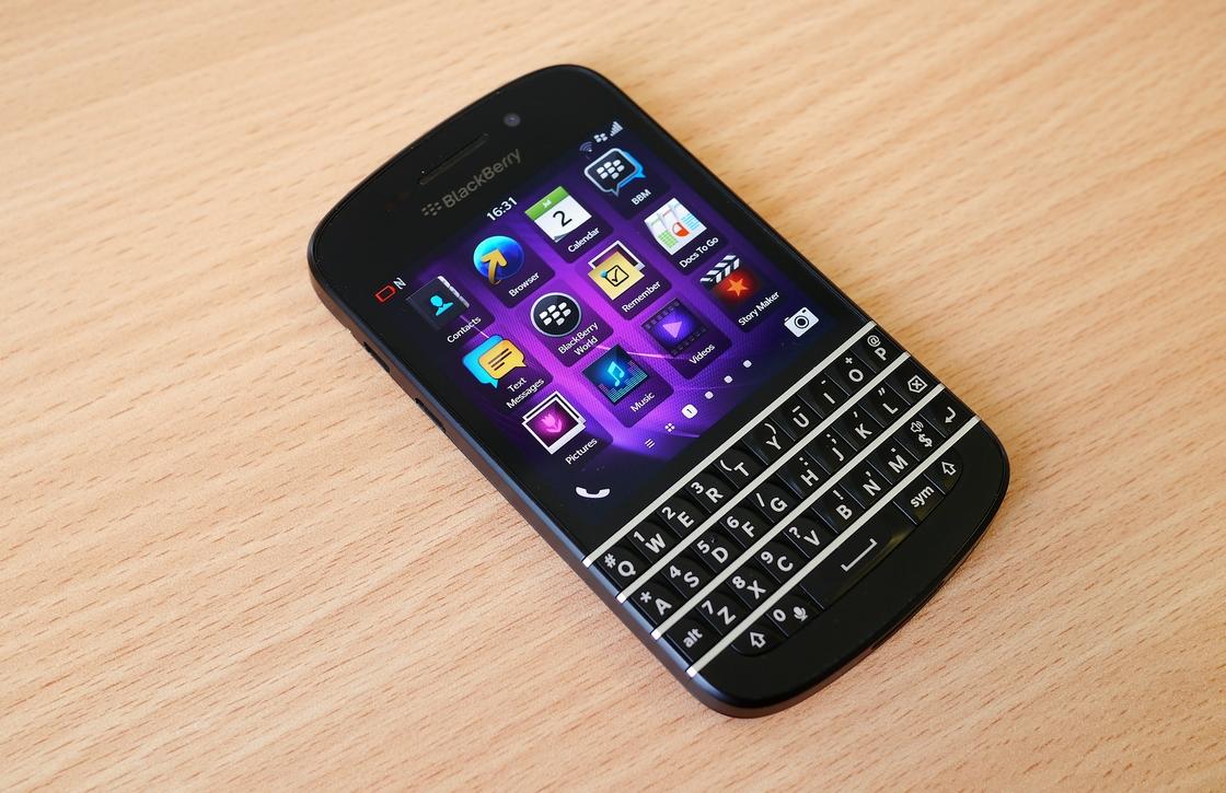 Blackberry verkeert nog steeds in zwaar weer: toestelverkoop daalt sterk