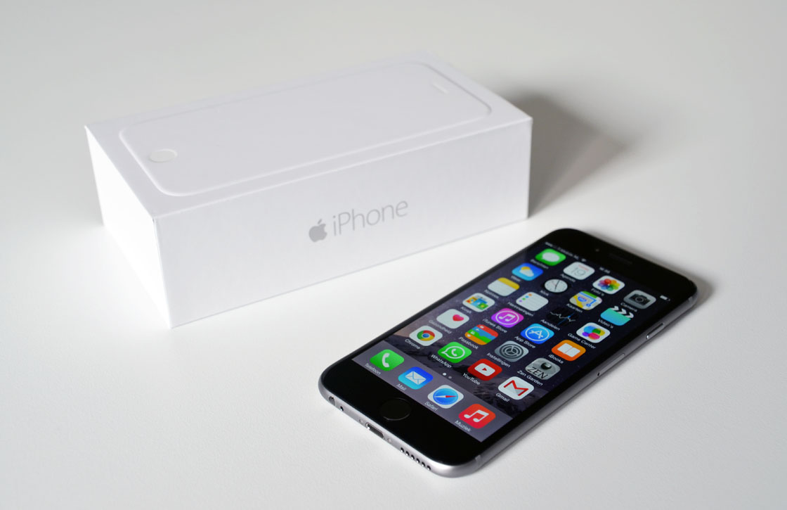 Verkooprecord Apple: 10 miljoen nieuwe iPhones verkocht