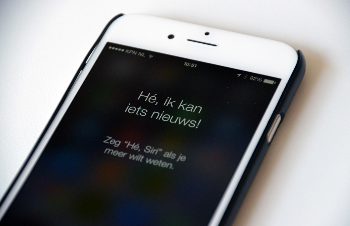 how to turn on siri on iphone 5s