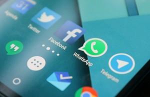 Internetgebruikers lezen nieuws voornamelijk via social mediakanalen