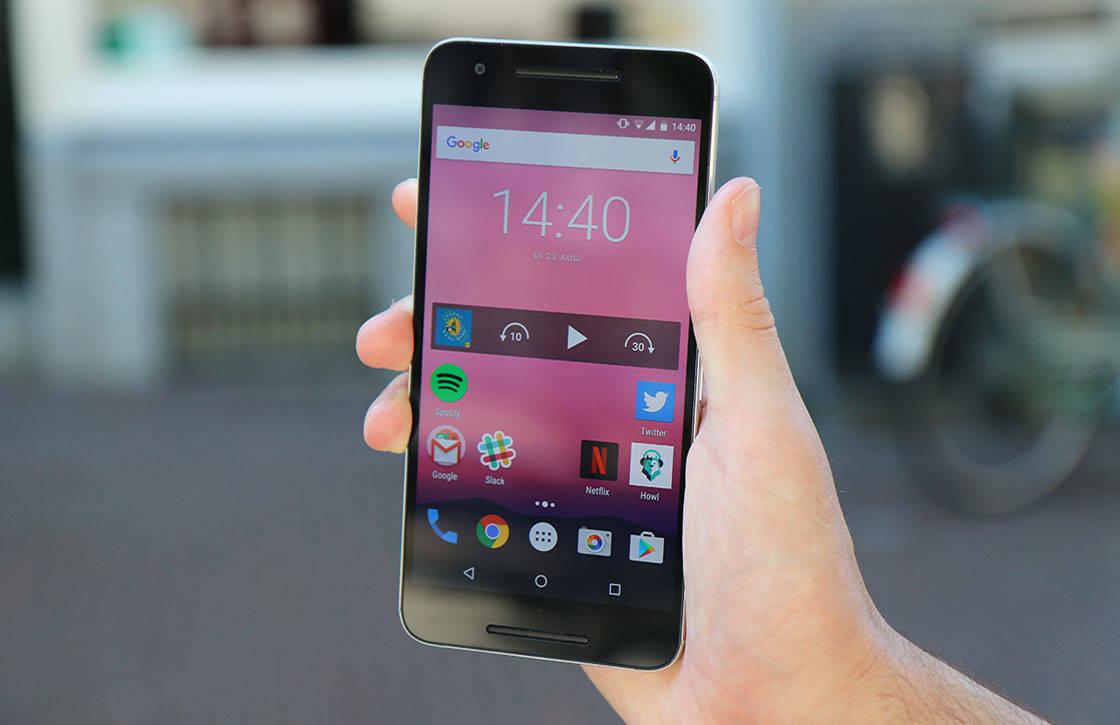 Smartphones in januari: dit gebeurt er deze maand