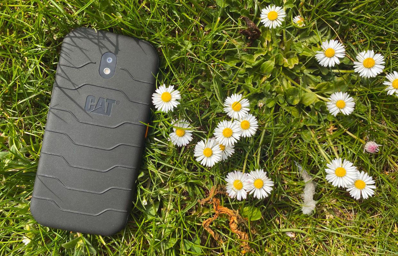 Maak kans op één van de drie Cat S42-smartphones (ADV)