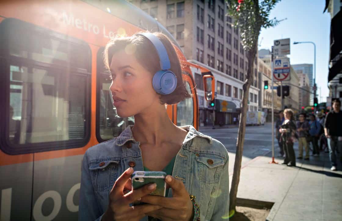 Tip: tijdelijk gratis JBL-koptelefoon bij sim only via Mobiel.nl